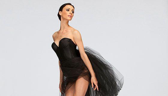 Greta Hodgkinson, Principal Dancer, National Ballet of Canada 2010/11 Souvenir Book www.pinterest.com/quelleelegance