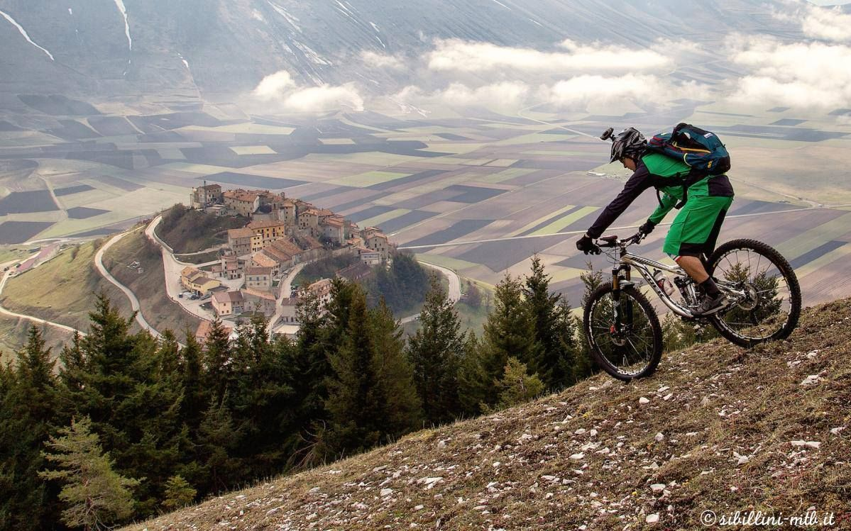 Cool Scenery Mtb Castle Mountain Biking Mountain Bike Reviews