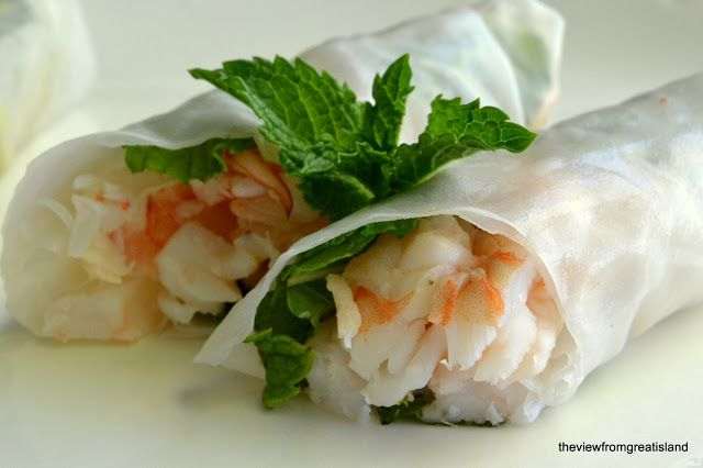 Shrimp and Mint Summer Rolls with Coconut Sauce