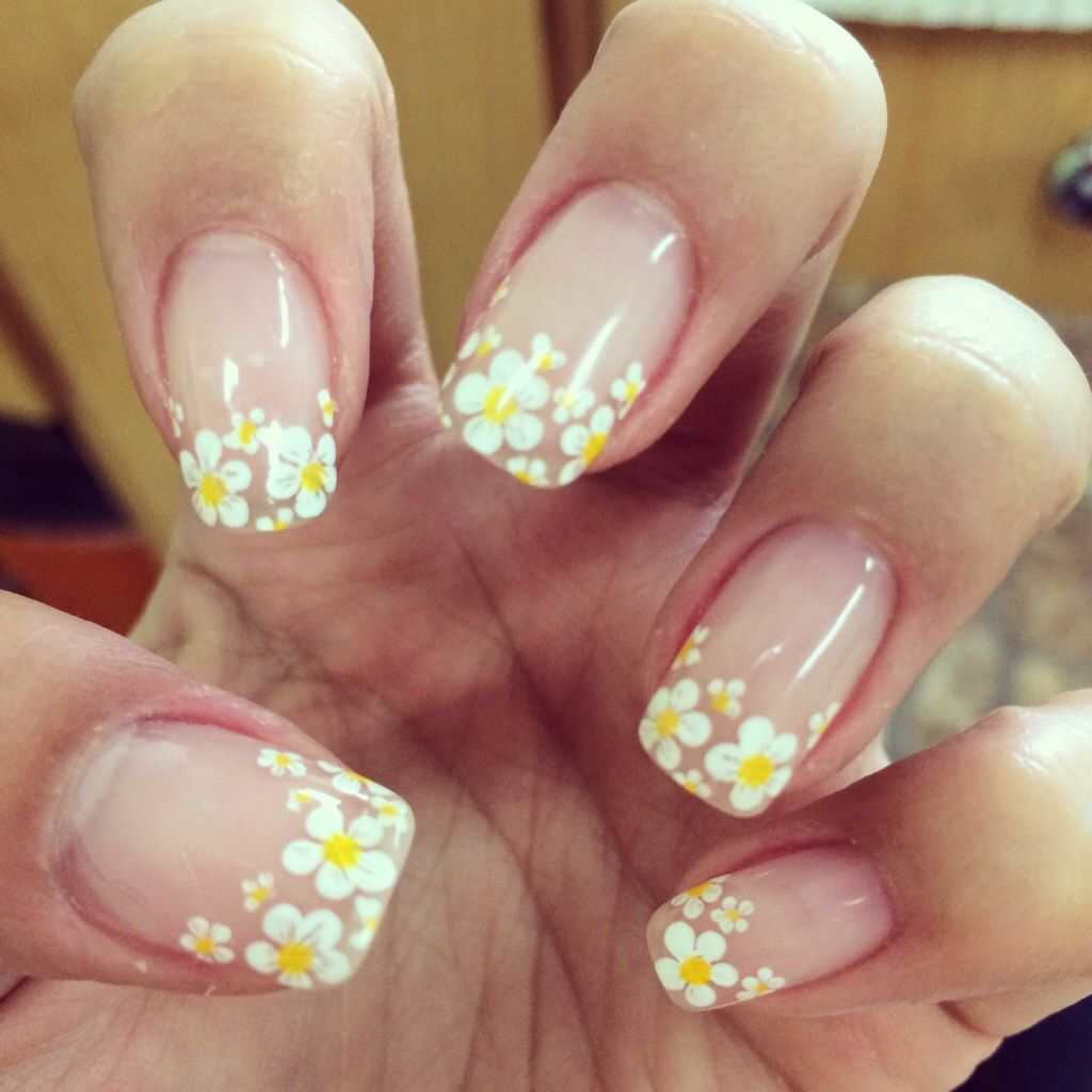 french manicure daisy - Google Search | Nails | Pinterest ...