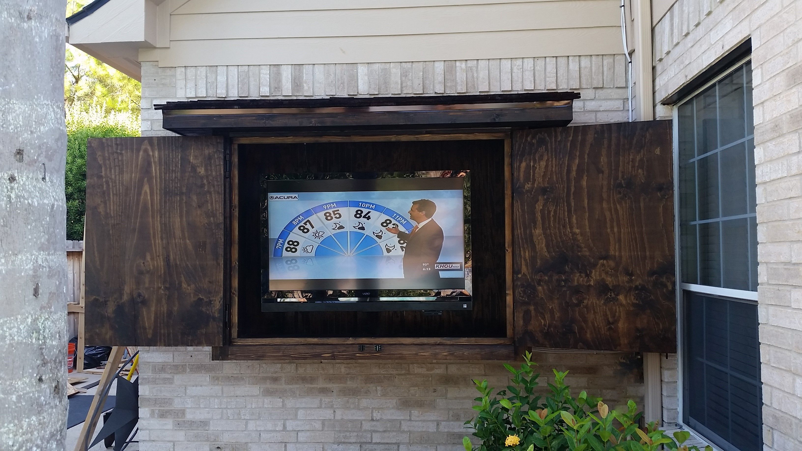 Beautiful Custom Outdoor TV Mount. Protection from