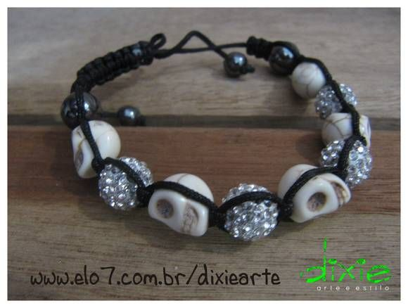 Shambala Rosa de Caveirinhas R$24,00