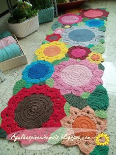 pinterest-daily.com - Tapete croche barbante (crochet rug, I don't know what barbante means -LW)