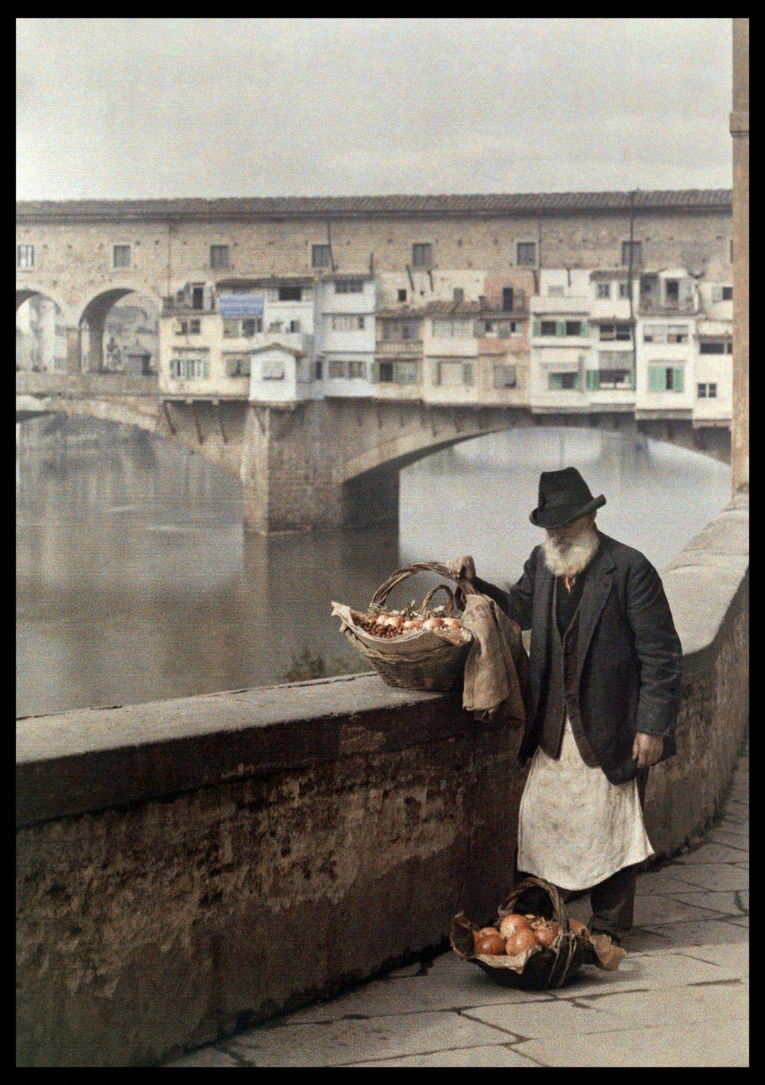 Торговец гранатами у Понте Веккьо, Флоренция, около 1910 г ...