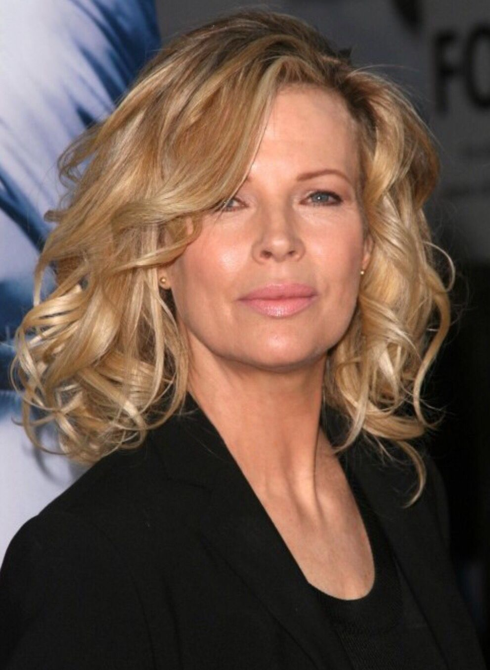 Kim Basinger is rolling back the years at age 12  Kim basinger