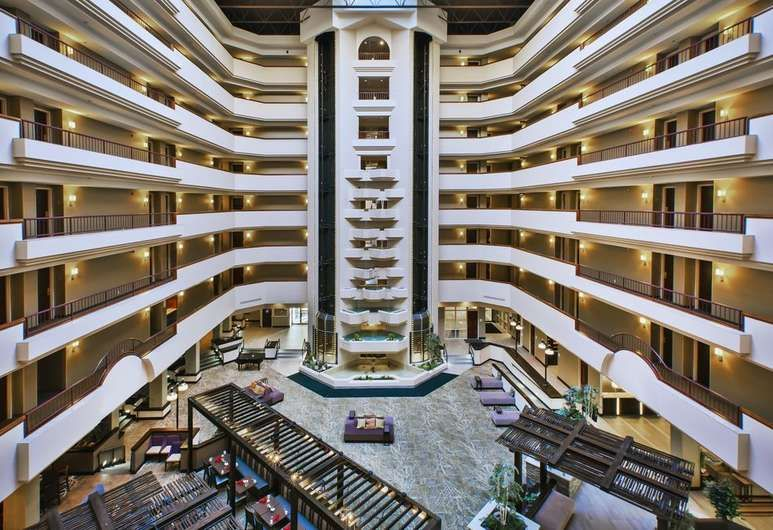 Holiday Inn Rapid City Rushmore Plaza Rapid City Lobby Holiday Inn Rapid City Rushmore Hotel