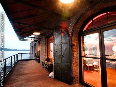 Liberty Warehouse Brooklyn Wedding Venue Nyc Weddings 11231 Nyc Wedding Brooklyn Wedding Venues Liberty Warehouse