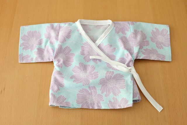 I also decided to add a tie to the inside of the kimono so the ...