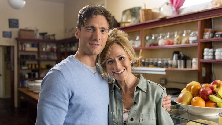 """""""The Perfect Catch"""" is a romantic part of the #HallmarkChannel #SpringFling lineup."""