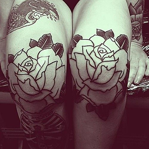 19 Knee Tattoo Designs Images And Pictures: I Want My Knees Done So Bad! Classic Rose Tattoos