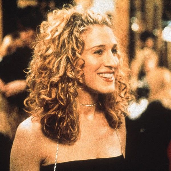 15 Of Carrie Bradshaw S Most Iconic Looks Carrie Bradshaw