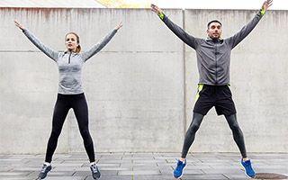 Jumping Jacks (exercice) : 3 bienfaits santé des Sauts au