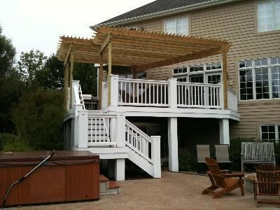 Pergola added to existing deck