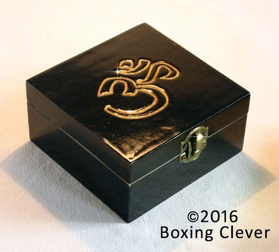 Ohm Symbol Jewellery Box - Wooden Engraved Gold Glitter & Black Gloss Finish -4.7x4.7x2.3 Inches-  Keepsake/Trinket/Jewelry FREE DELIVERY UK
