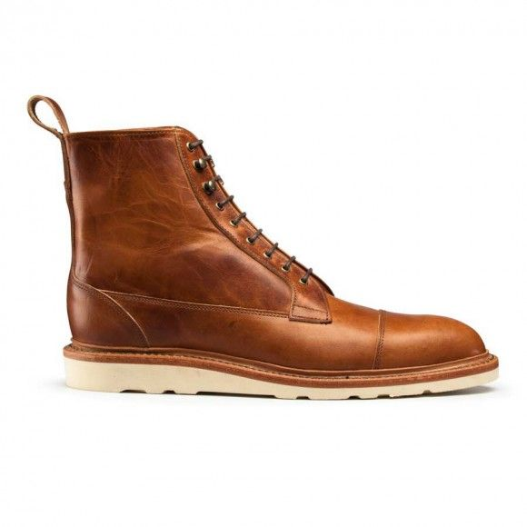 Allen Edmonds Eagle County Boots are one part classic cap toe and one part  modern lace-up boot, and combine fashionable look with conventional  function.