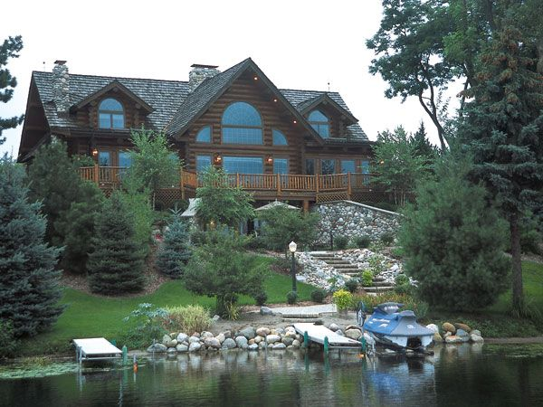 Natural Attraction A Victorian Lodge Style Log Home