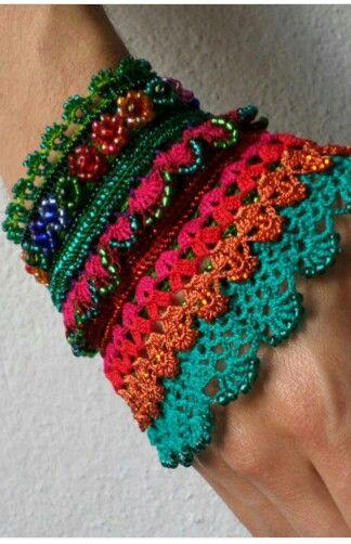 Pin von света бушуева auf Crochet bracelets and cuffs | Pinterest ...