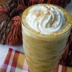 Low Carb Keto Copycat Starbucks Pumpkin Spice Frappuccino #ketofrappucinostarbucks Low-Carb Keto Copycat Starbucks Pumpkin Spice Frappuccino #pumpkinspiceketocoffee