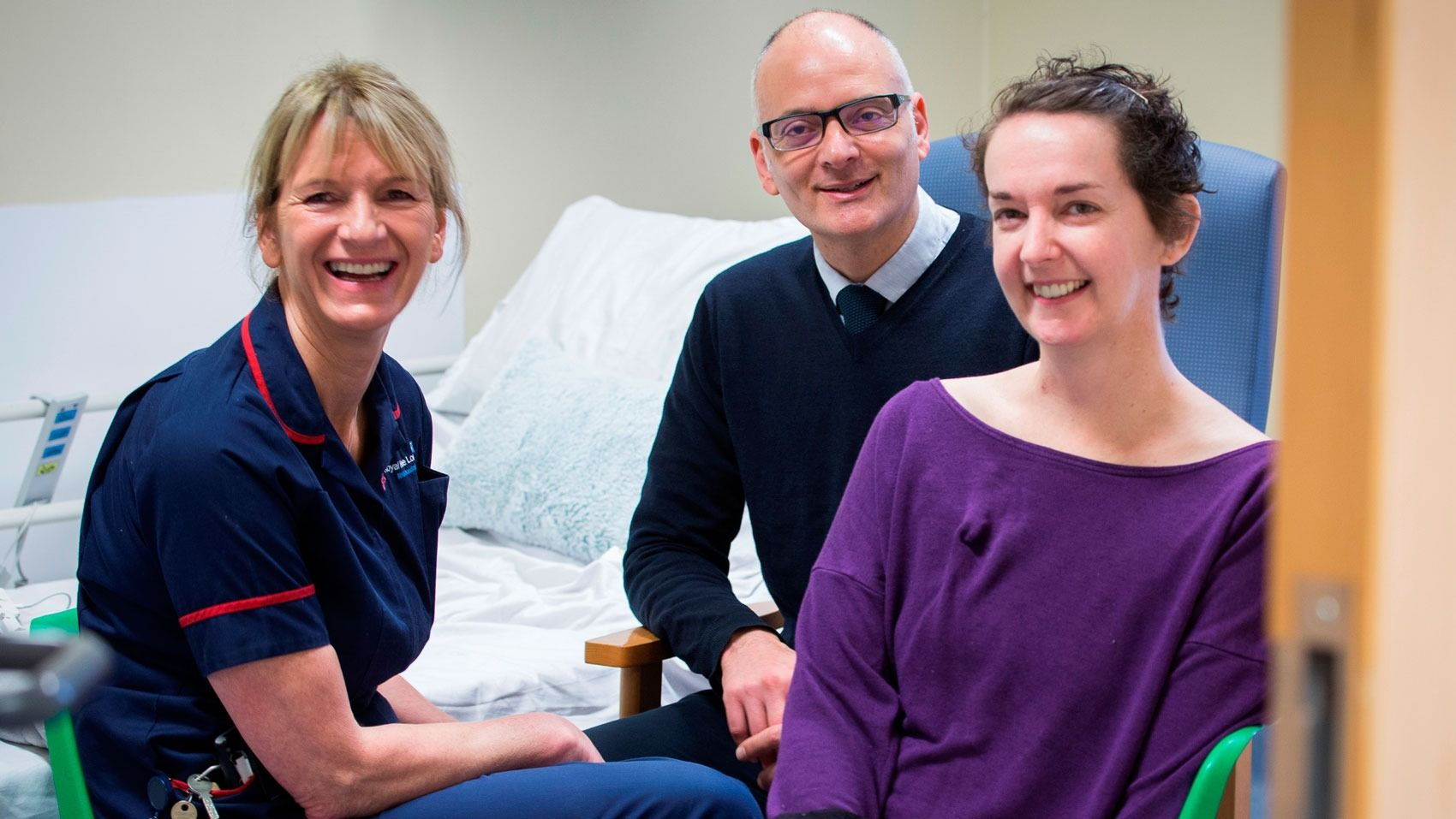 Scottish Ebola nurse released from isolation after making