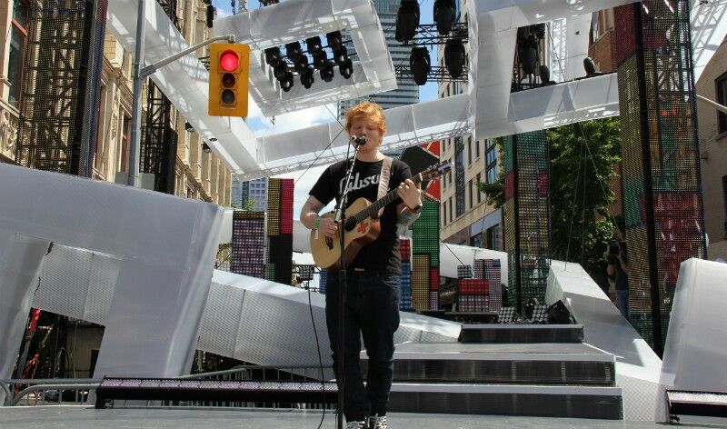 Ed sheeran at the mmvas! I was there<3