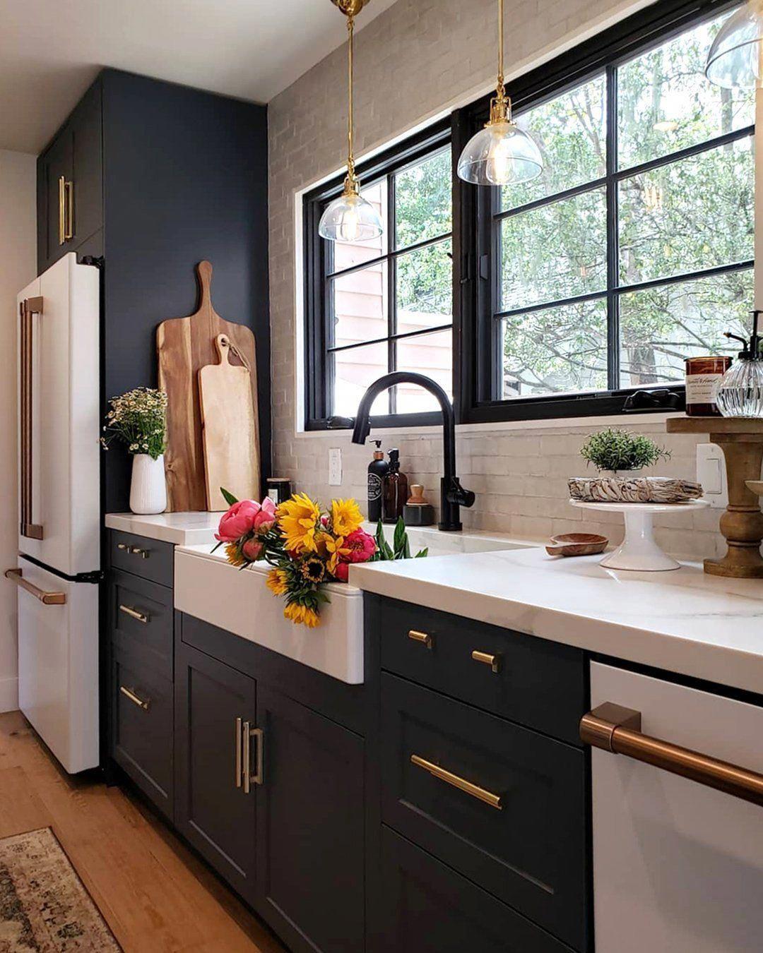 Dynamic Kitchen Renovation Ideas Try Here In 2020 Galley Kitchen Design Kitchen Interior Home Decor Kitchen