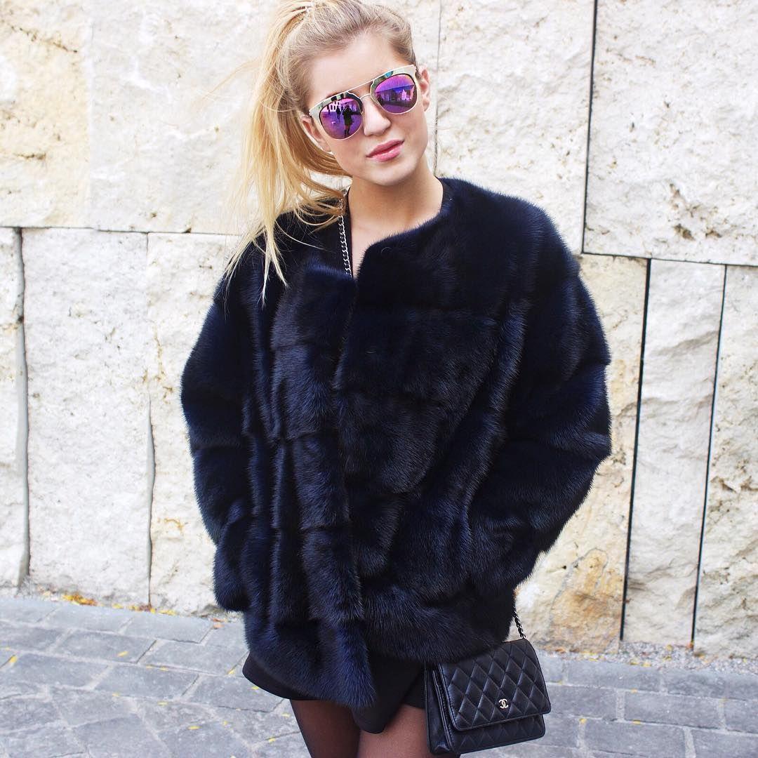 Stylish Lilly e Violetta Black Jacket #fashion #mink #fur #lillyevioletta @lillyevioletta1 #luxury
