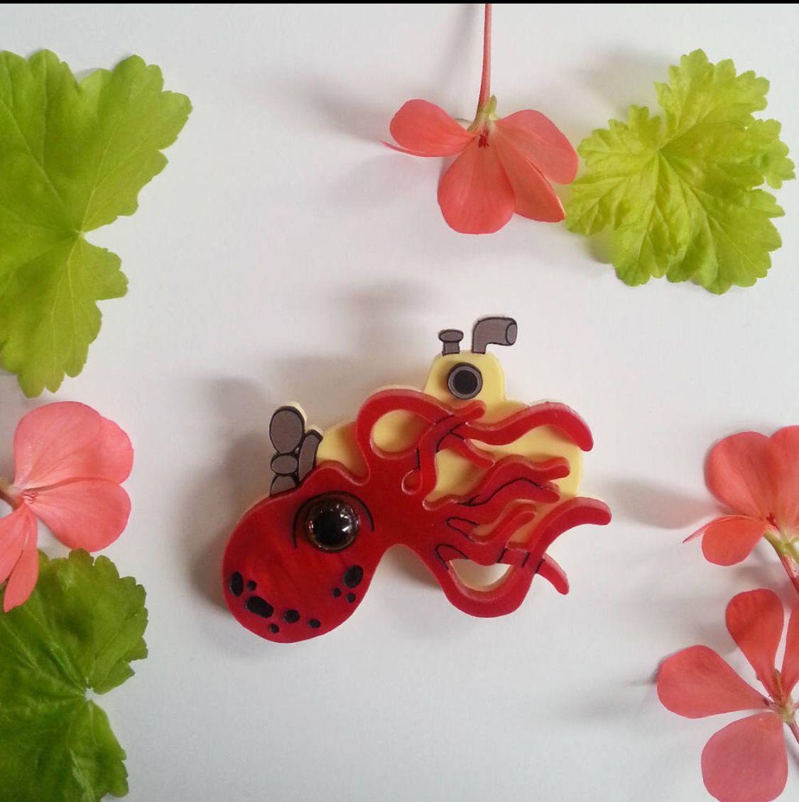 Kitchen Window Edition Nana/'s Cucumber Pickles Wearable Art Brooch by Winnifreds Daughter