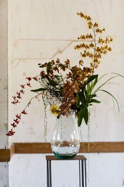 Chestnut & Vine Floral Design. Anna Kuperberg Beautiful display, great angles. Love it!