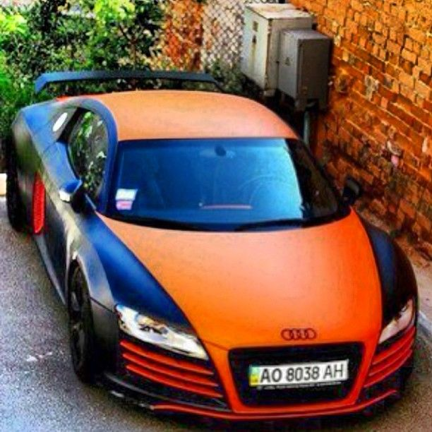 Funky black orange audi r8 thoughts luxury for Garage auto orange