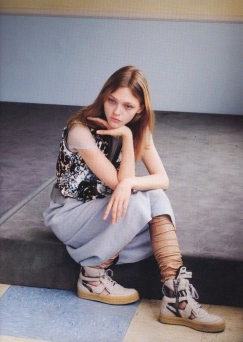 Sasha Pivovarova, i-d september 2006