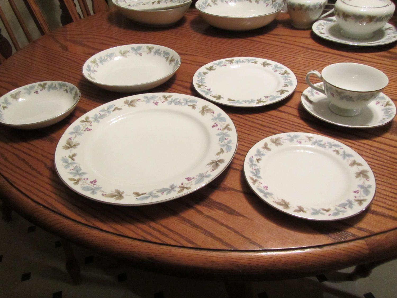 Japan Vintage Fine China Pattern 6701 Dinner Plate Max