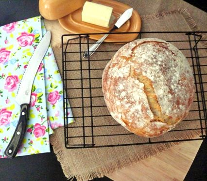 French boule recipes don't have to be difficult. Most of the time they are no knead. French bread is a great recipe to start with!