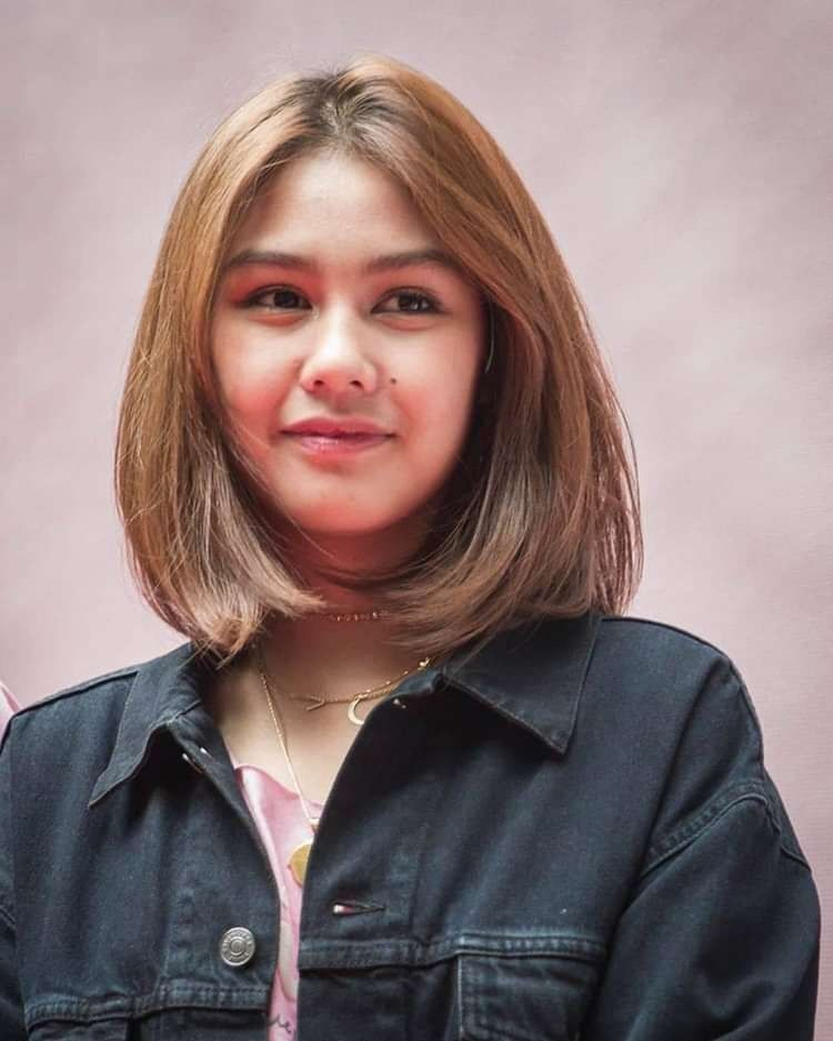 Pin Oleh Lily Di Vaneshaass Gaya Rambut Pendek Untuk Wanita Gaya Rambut Wajah Bulat Gaya Rambut Bob Pendek