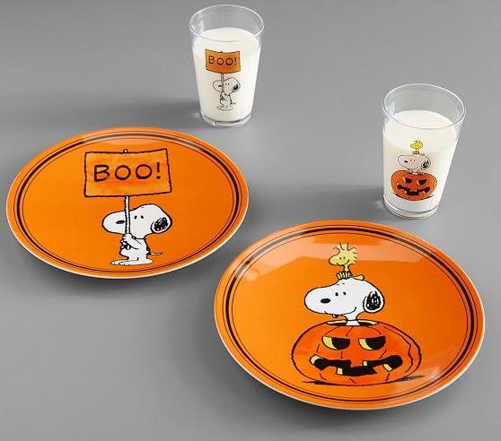 Charlie Brown 174 Halloween Tumblers Halloween Plates