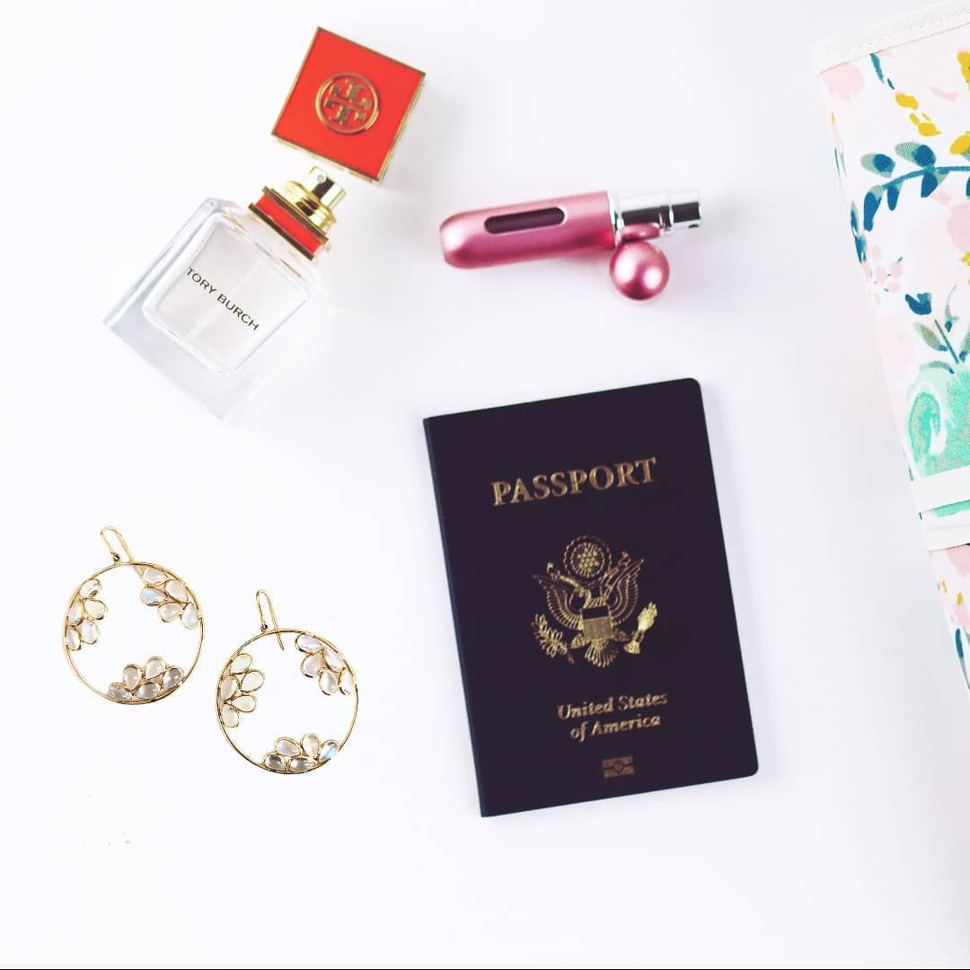 Travel Essentials  F0 9f 9b A9 What Are The Three Items To Always Have With You While Travelling Shop Jewelry At 30 Off With Code Blackfriday At