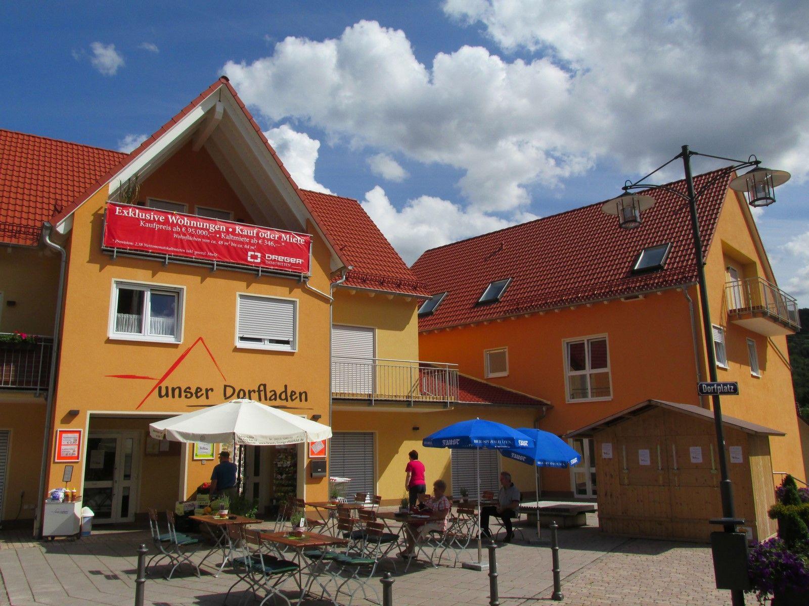 Neue Mitte Rück mit Dorfladen Dorfladen, Aschaffenburg