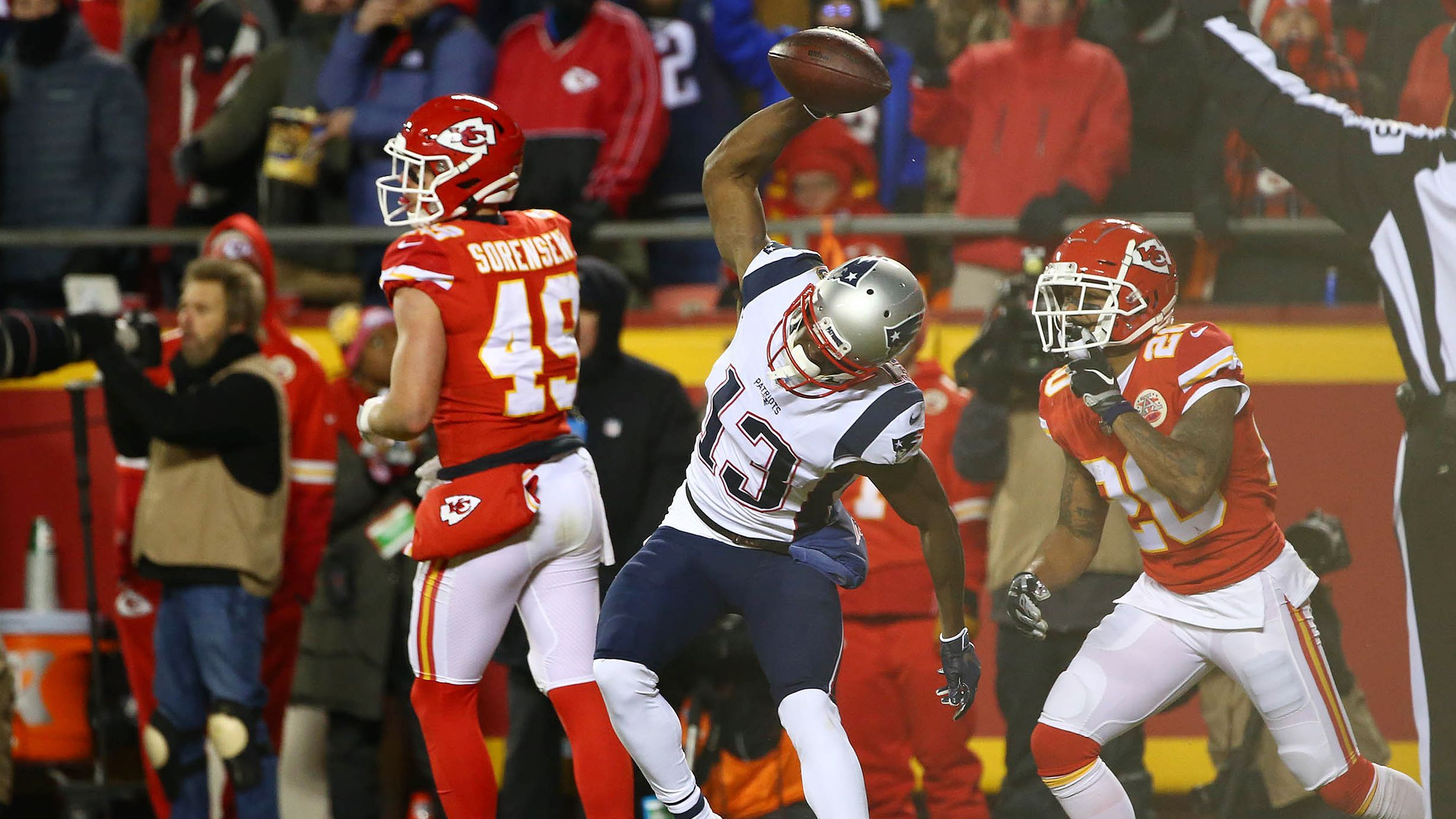 Patriots sink Chiefs in overtime return to Super Bowl for