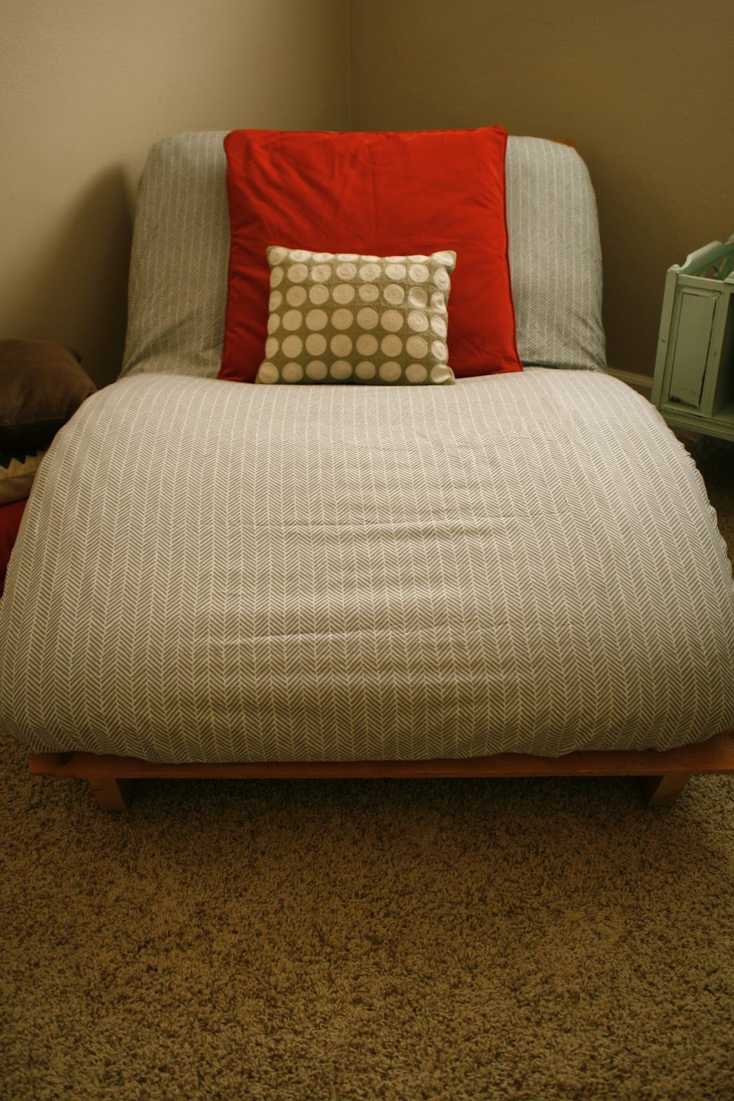 Pearls Poppies Pinkies Up Use Ed Sheet As Futon Cover