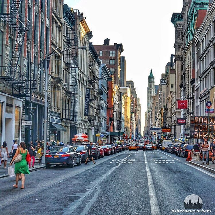 • Our love for New York in pictures ❤️ • Occasionally random pictures of other beautiful places we have travelled to ✈️ • All pics are ours ©