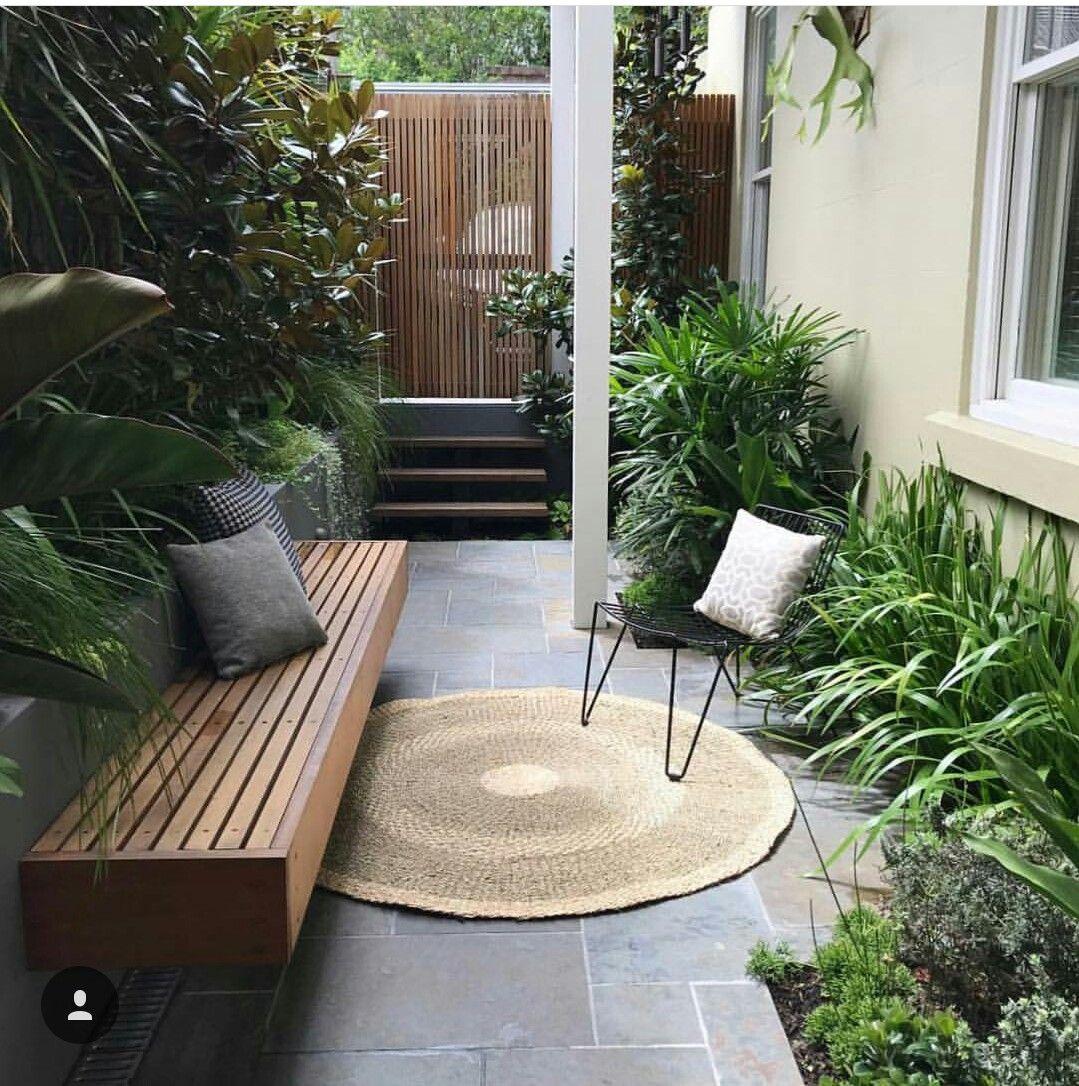 Pin by Marlene Garred on GARDEN DESIGN   Courtyard gardens design ...