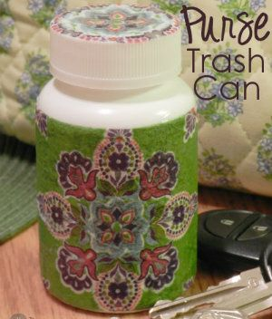 DIY Trash Can for Your Purse - Keep your purse free of scraps when you aren't near a trash can. | Organizing Homelife