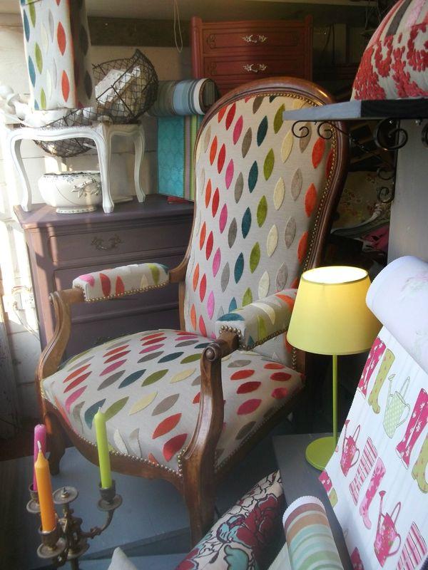 Fauteuil voltaire revist chaises et fauteuis pinterest fauteuil fauteuil voltaire et - Meuble voltaire ...