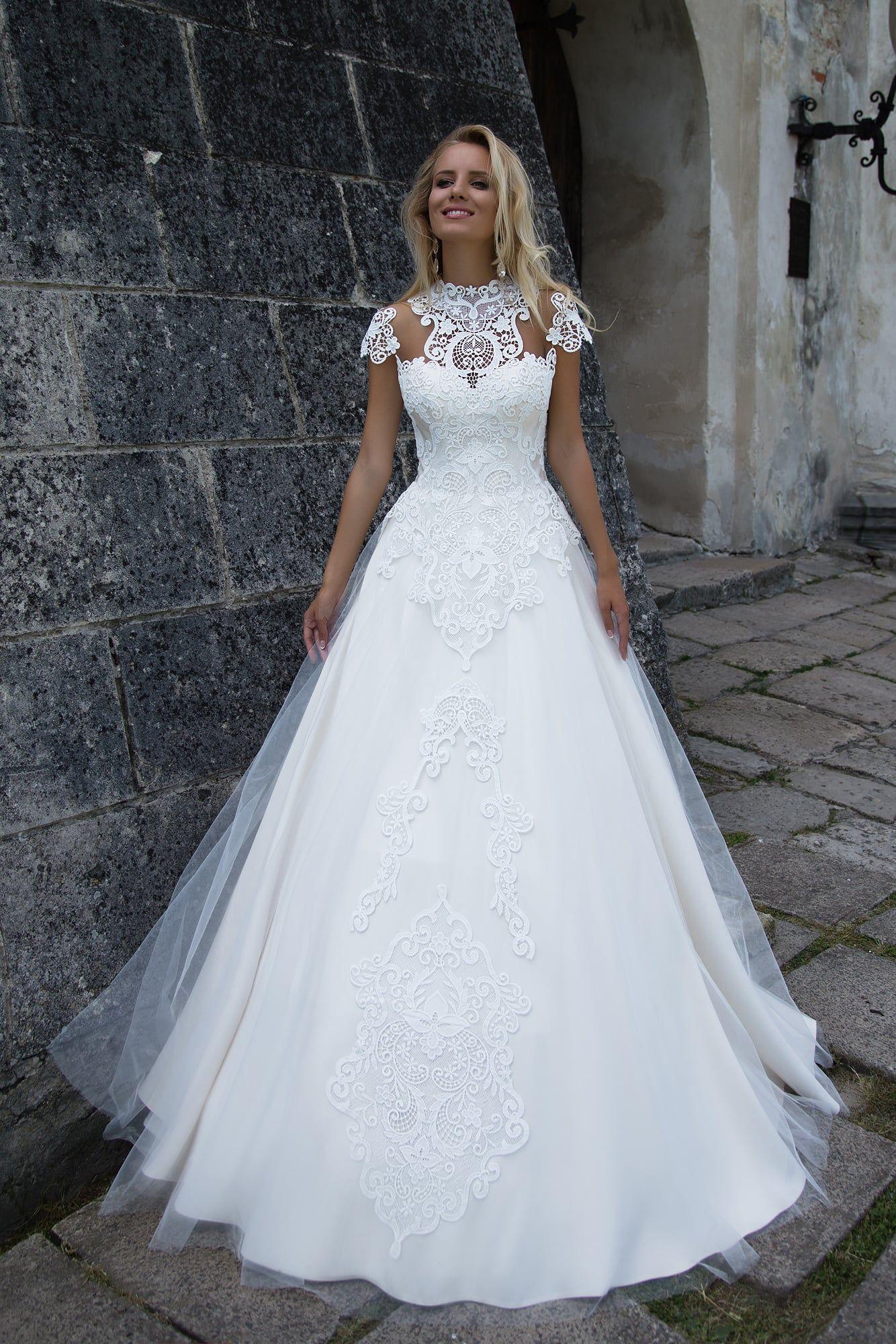d8480517573c525 Свадебное платье Оксана Муха Anetta ▷ Свадебный Торговый Центр Вега в Москве