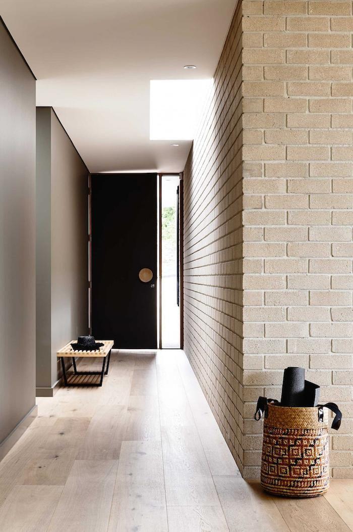 wood floor - black door photo derek swalwell 2,Interior Design - entree de maison contemporaine