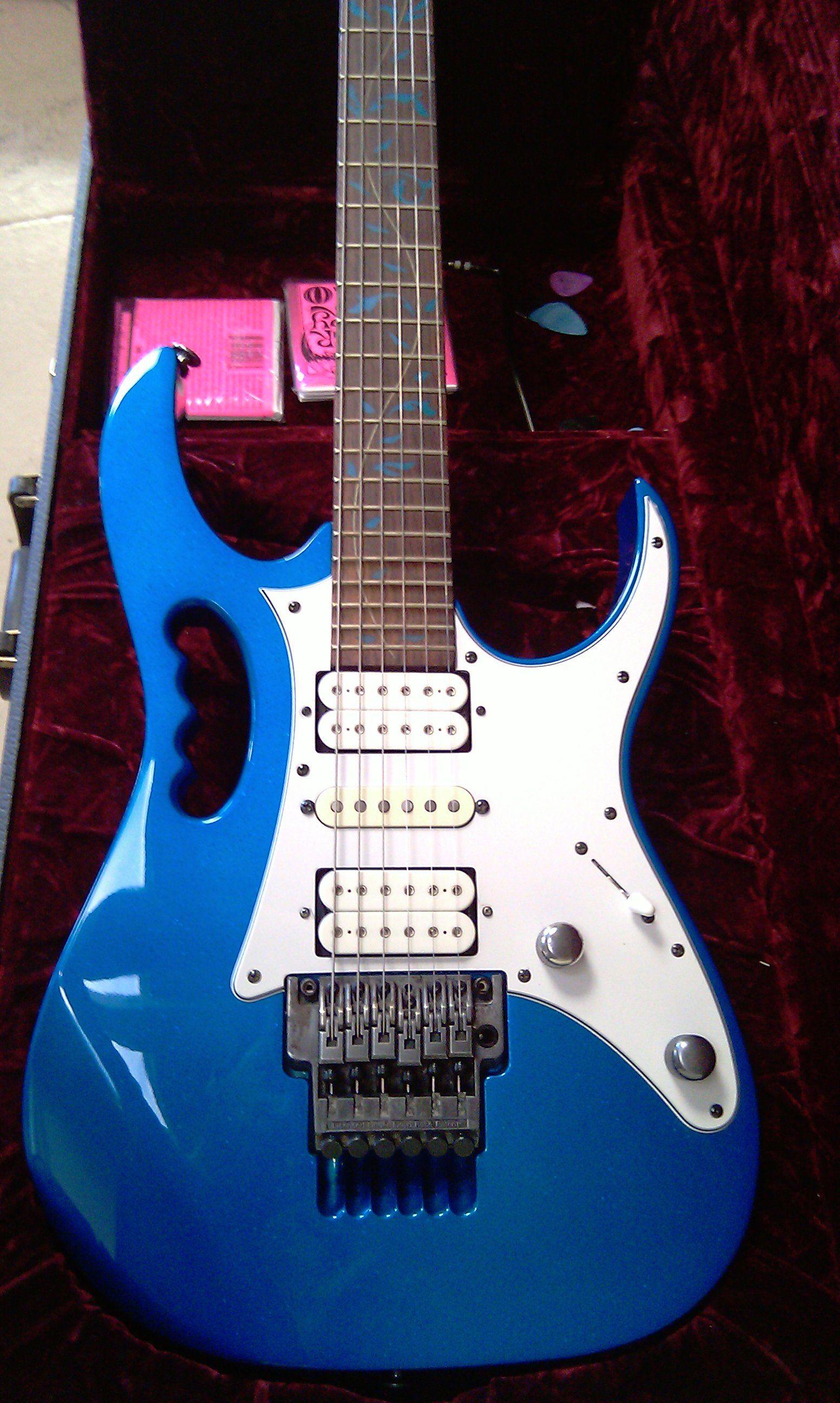 ibanez sparkle blue jem 7vsbl products i love guitar heavy metal guitar guitar pics. Black Bedroom Furniture Sets. Home Design Ideas