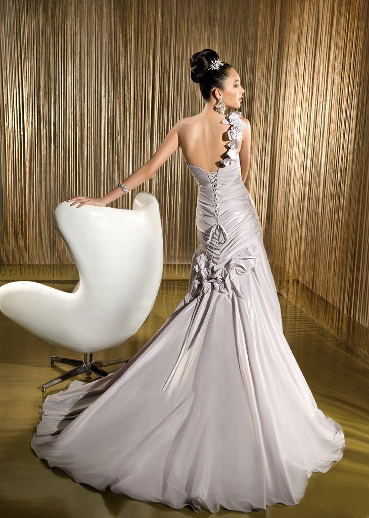 Most Expensive Wedding Dress at Kleinfeld | Are Demetrios Wedding ...