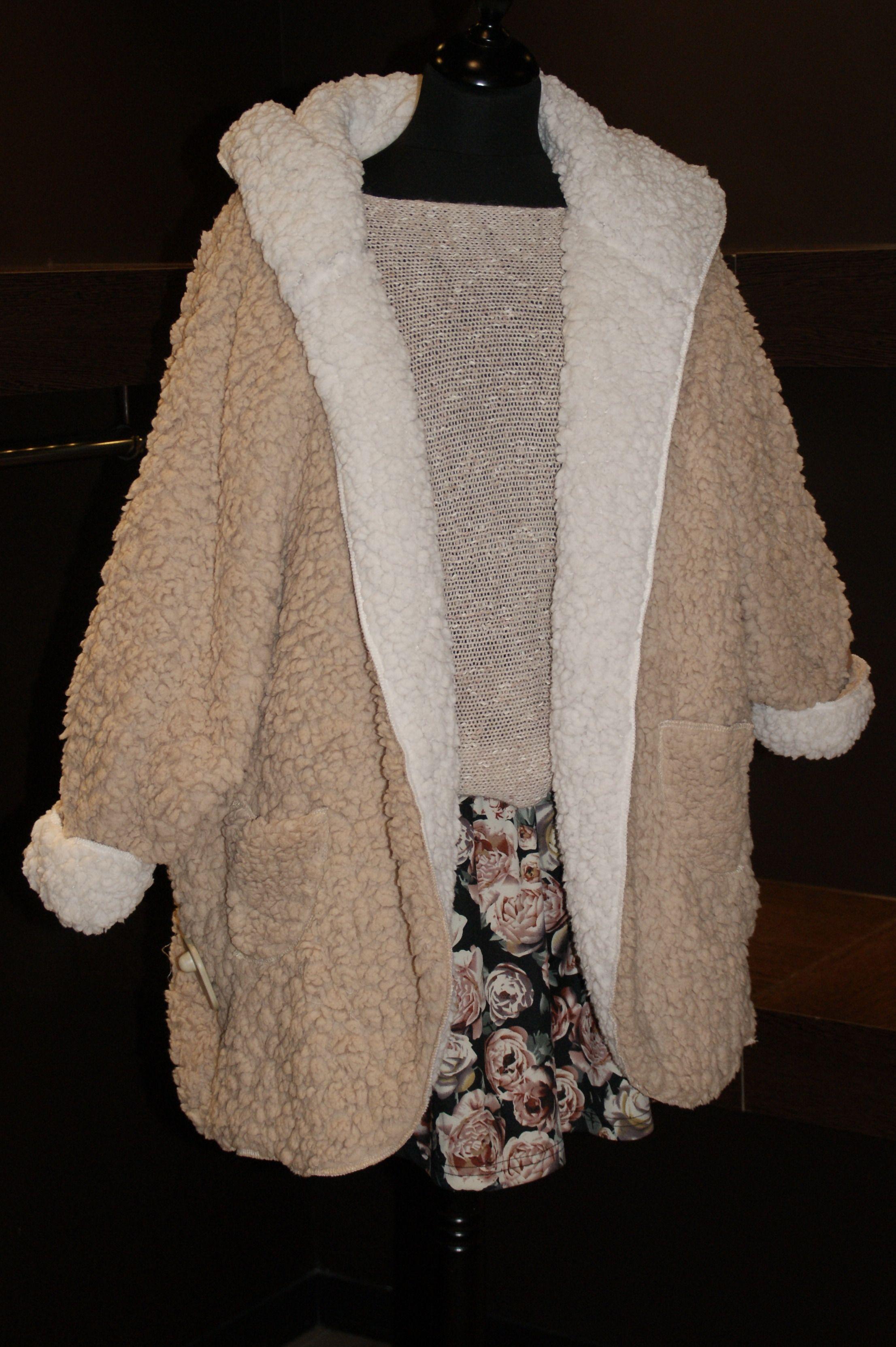 Abrigo borreguito reversible