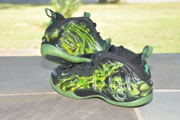 7be034a60736 Incredible Hulk Shoes