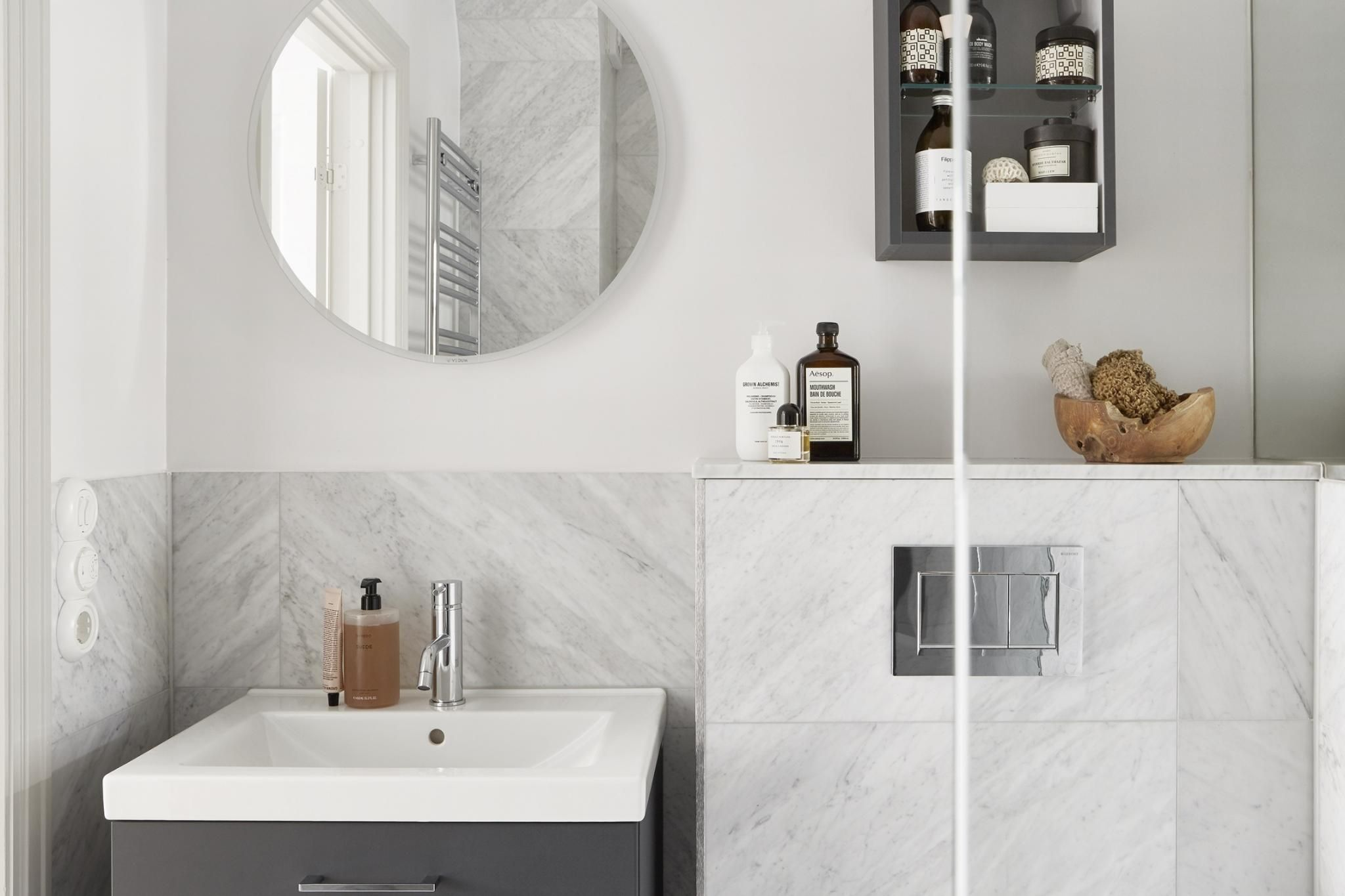 Badkamer Met Strandgevoel : Dit beige interieur geeft je dat rustgevende strandgevoel