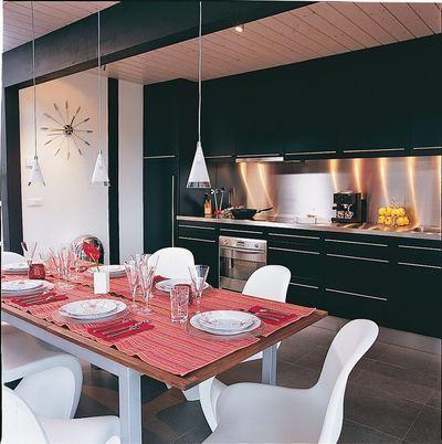 7 cuisines noires qui vont vous faire aimer le noir